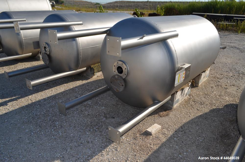 """Unused- DCI Pressure Tank, 686 Gallon (2600 Liter), 316L Stainless Steel, Vertical. Approximate 48"""" diameter x 78"""" straight ..."""