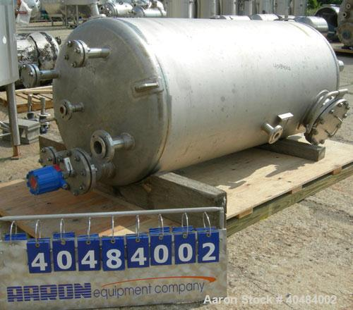 """Used- Four Corp pressure tank, 525 gallon, 316 stainless steel, vertical. 42"""" diameter x 86"""" straight side, dished top and b..."""