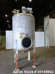 Used- Mix Tank, Approximate 700 Gallon, 304 Stainless Steel, Vertical.