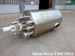 Used- United Utensils Co. Pressure Tank, 304 Stainless Steel, 600 Gallon, Vertic