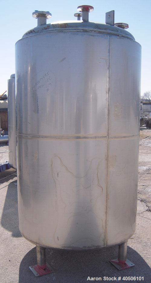 "Unused- Mueller Pressure Tank, 500 Gallon, Model ""F"", 304L Stainless steel, Vertical. 48"" diameter 72"" straight side, dished..."