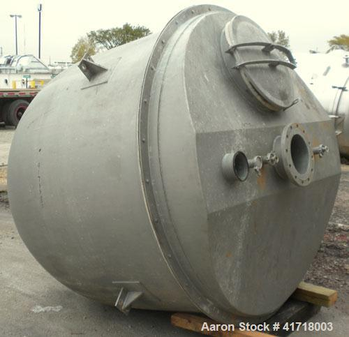 """Used- Tank, Approximately 1000 Gallon, 304 stainless steel. 78"""" diameter x 36"""" straight side, domed bolt on top cover, hemi ..."""