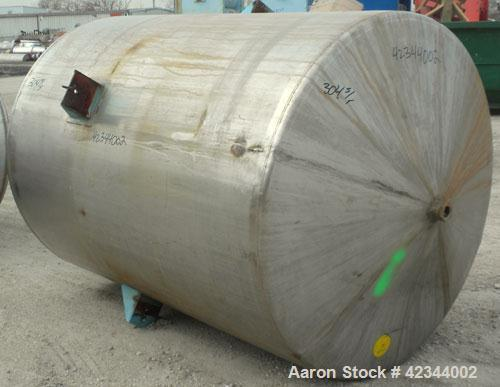 "Used- Tank, 750 Gallon, 304 Stainless Steel, Vertical. 56"" Diameter x 70"" straight side, dished 316 stainless steel top, con..."