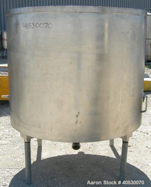 "Used - Tank, 600 gallon, 316 stainless steel, vertical. 60"" diameter x 48"" straight side. Open top, no cover, coned bottom. ..."