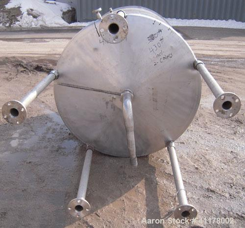 "Used- Tank, 600 Gallon, 304 Stainless Steel, Vertical. 54"" diameter x 60"" straight side. Open top with 1 piece hinged cover,..."