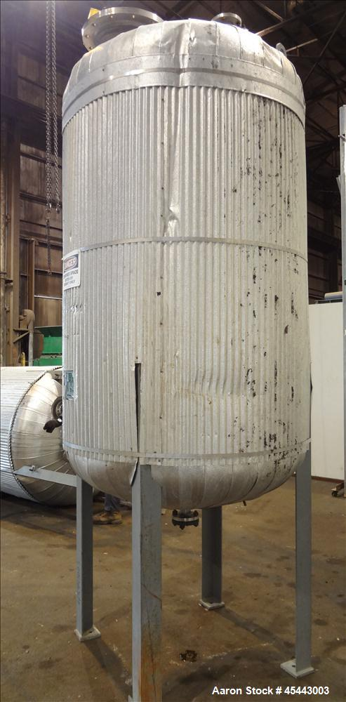 Used- 575 Gallon Stainless Steel Quality Containment Company Tank
