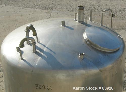 "USED: St Regis tank, 500 gallon, 304 stainless steel, vertical. 66"" diameter x 39"" straight side, elliptical top, inverted d..."