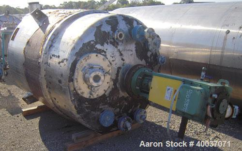 "Used- Walker Stainless Tank, 900 Gallon, Stainless Steel, Vertical. Approximately 60"" diameter x 72"" straight side, dished t..."