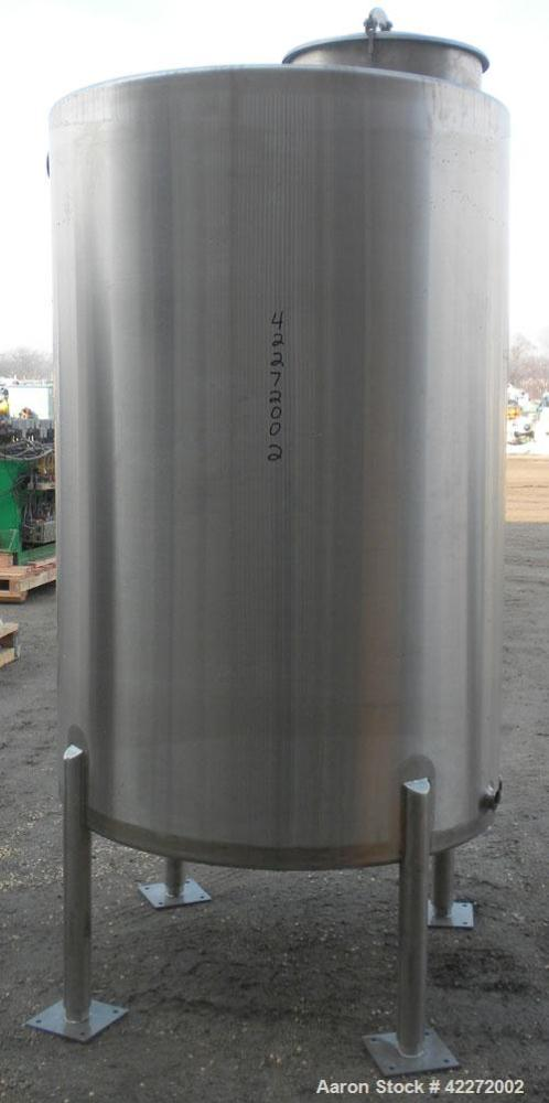 "Unused- Walker Tank, 550 Gallon, 304 Stainless Steel, Vertical. 48"" diameter x 70"" straight side. Flat top, sloped bottom. (..."