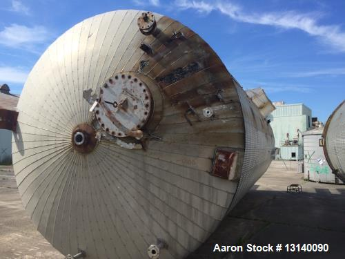 Used- Recon South Carolina Approximately 25,000 Gallon 304 Stainless Steel Vertical Tank. 12' diameter x 29' high straight s...