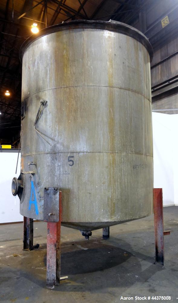 """Used- Tank, 5000 Gallon, 316 Stainless Steel, Vertical. Approximate 108"""" diameter x 126"""" straight side, flat top, coned bott..."""