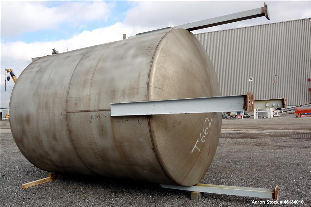"""Used- BMT Brown Minneapolis Tank, 7,500 Gallons, 304 Stainless Steel, Approximate 142"""" Straight Side x 120"""" Diameter, Flat T..."""