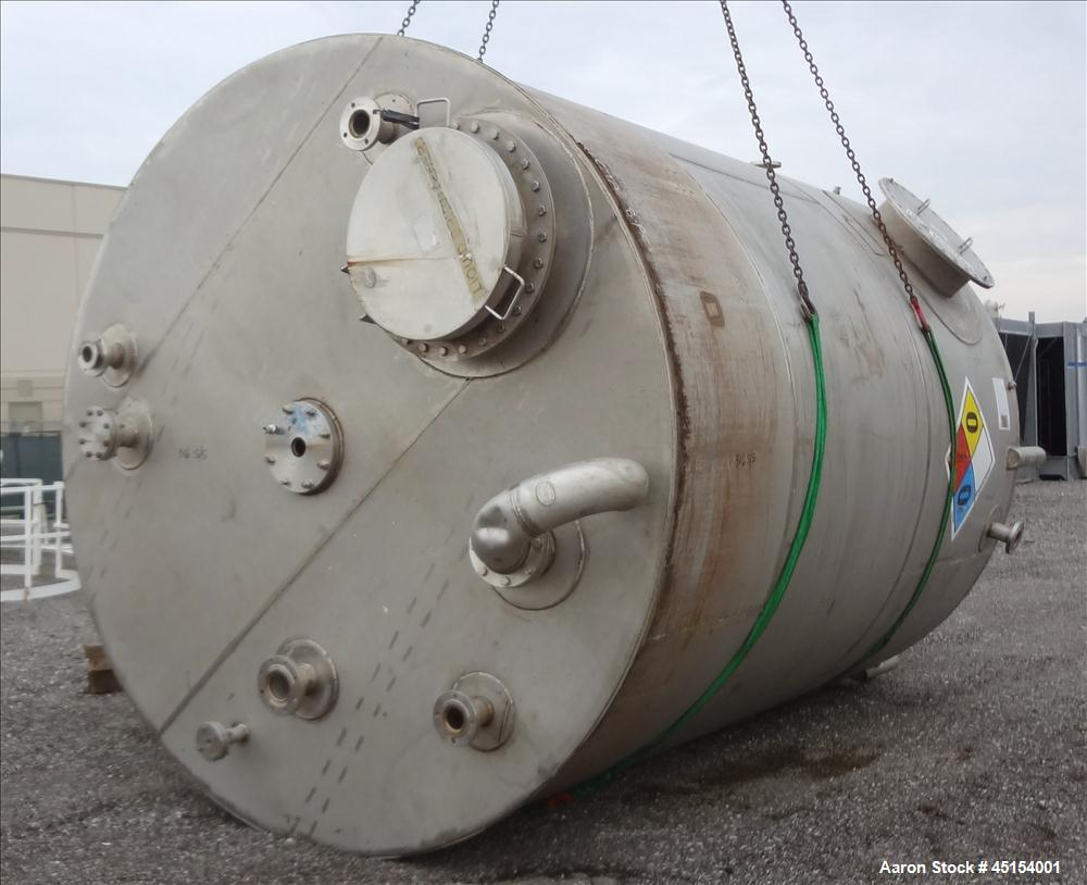 """Used- G.A. Wright & Sons Tank, 8116 U.S Gallons (6759 Imperial Gallons), 316L Stainless Steel, Vertical. 120 diameter x 160""""..."""