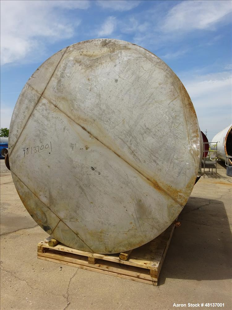 Used- Tank, 6,000 Gallon, 304 Stainless steel, Vertical.