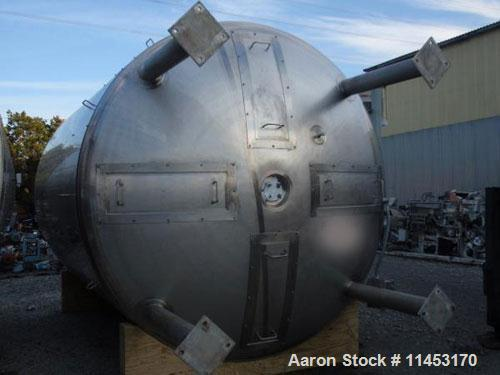 "Used-31,000 Liter (8190 Gallon) Apache Storage Tank, 304 stainless steel construction, 120"" inner diameter x 149"" straight s..."