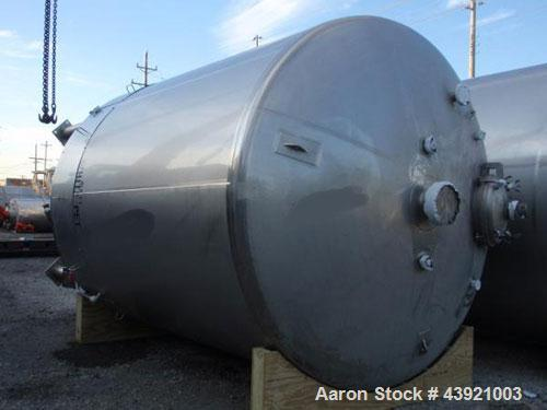 "Used- 31000 liter(8190 gallon) Apache storage tank, 304 stainless steel construction, 120"" inner diameter x 149""  straight s..."