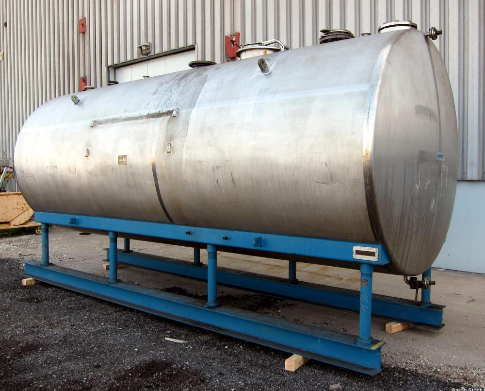 """Used- Dairy Craft Tank, 5000 Gallon, 316 Stainless Steel, Horizontal. Approximately 84"""" diameter x 209"""" straight side, dishe..."""