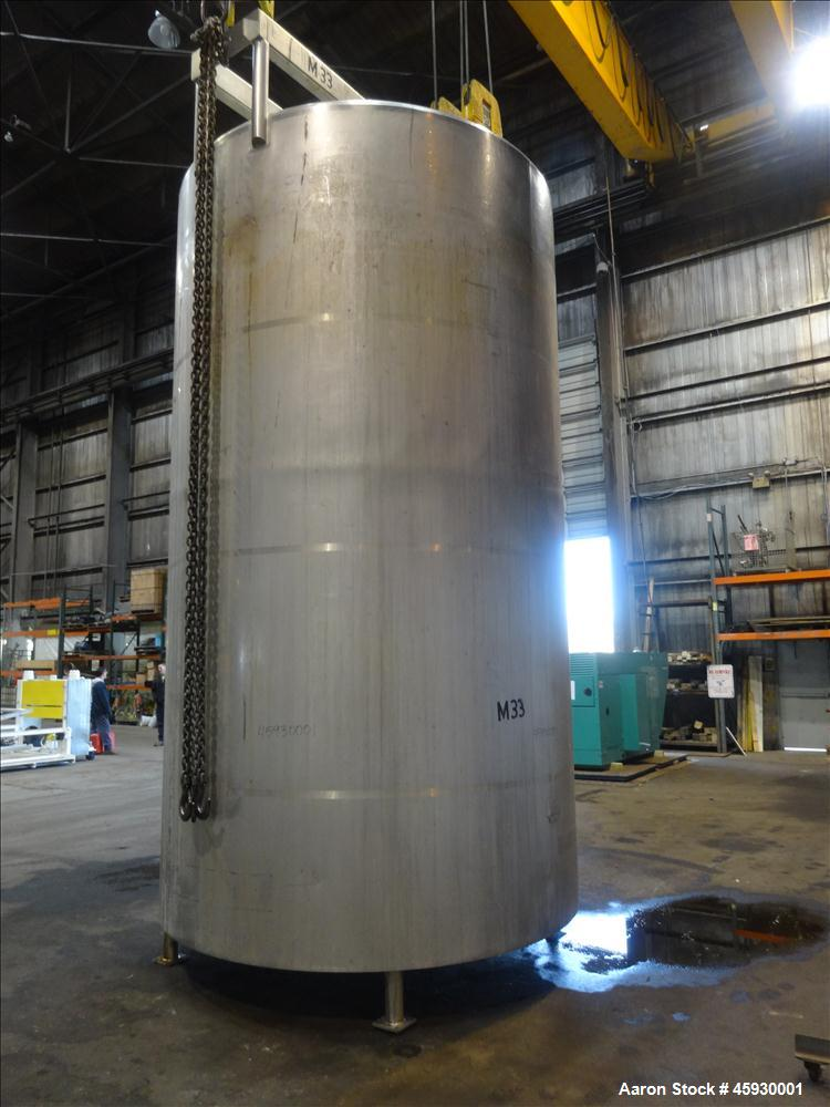 Used- DCI Tank, 5,000 Gallon, 304 Stainless steel, Vertical