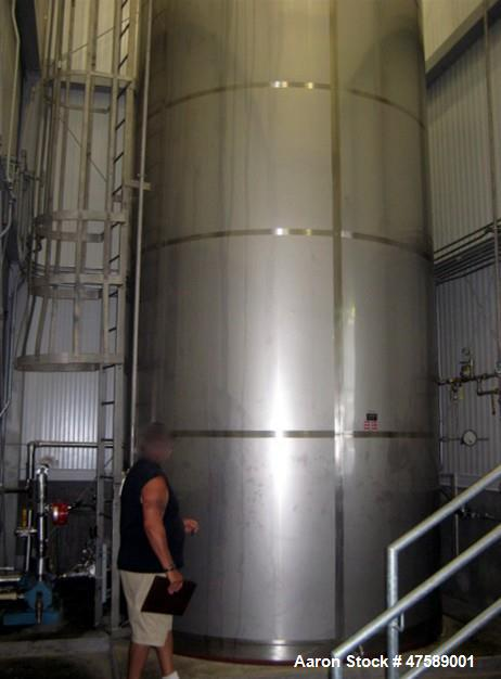 Used- DCI Food Grade Silo, 10,000 Gallon, 304 Stainless Steel, Vertical.