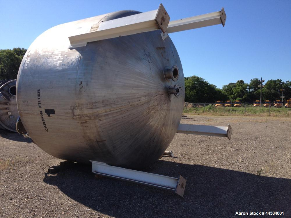 Used- Enerfab Inc Vertical Tank, Approximately 7000 Gallons, Stainless Steel. Approximately 12 foot diameter x 6 foot straig...