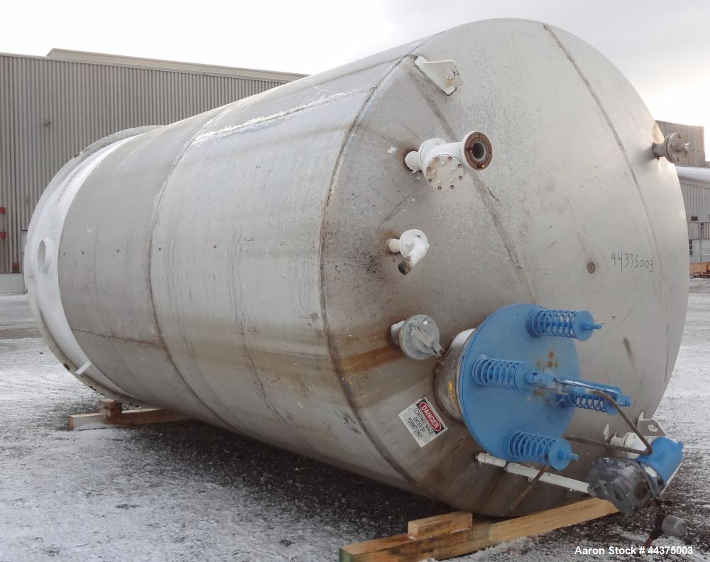 """Used- Imperial Steel Tank, 10,000 Gallon, 304 Stainless Steel, Vertical. 120"""" Diameter x 192"""" straight side, dished top and ..."""