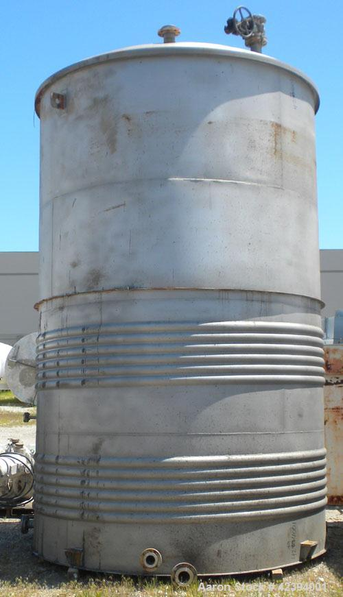 "Used- Modern Welding Company Tank, 9000 gallon, 304 stainless steel, vertical. Approximate 120"" diameter x 184"" straight sid..."