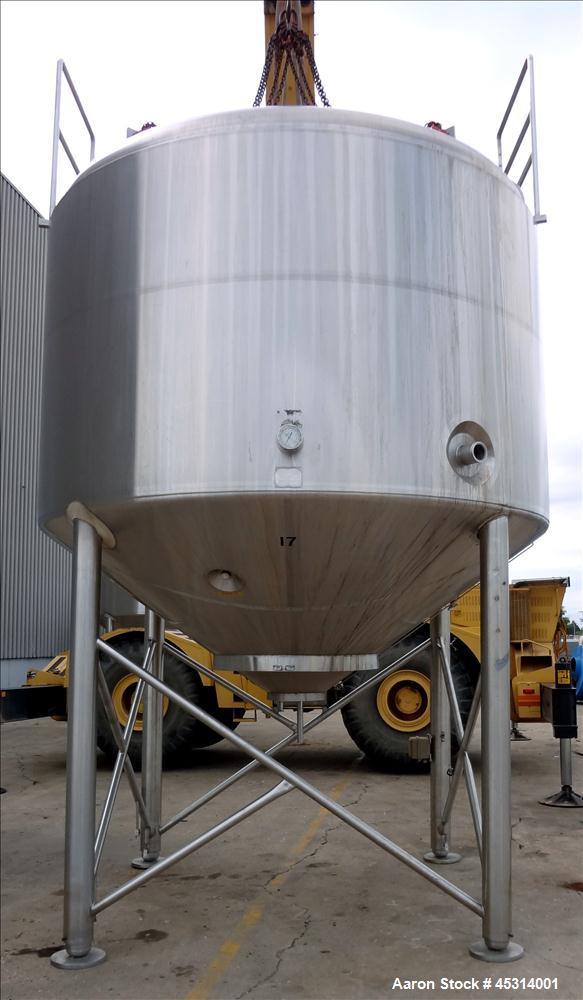 "Unused- Mueller Tank, 6000 Gallon, Model ""F"" Fermenter Blend Tank-Non-Jacketed. 304 Stainless Steel Construction.  136"" Inne..."