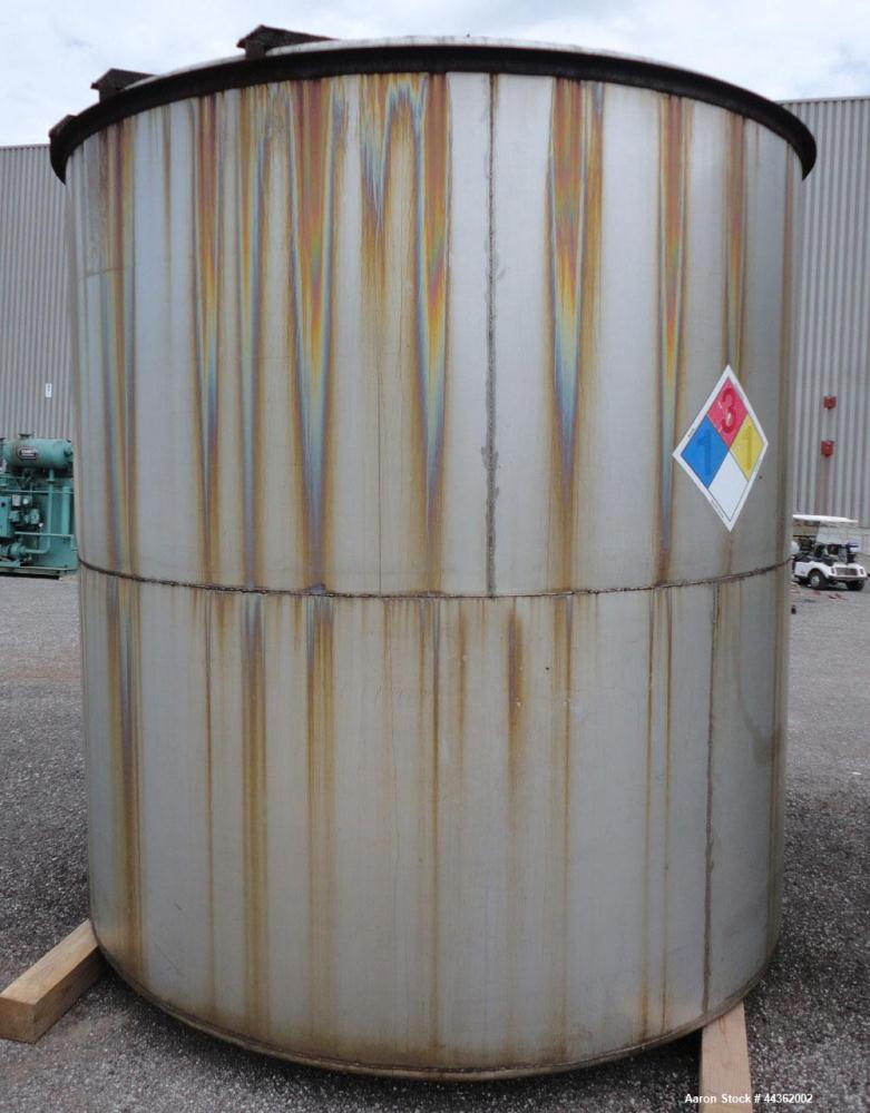 Used- 5100 Gallon Stainless Steel Tank