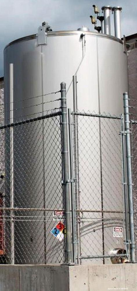 """Used-""""16,000-GALLON MODEL """"""""D"""""""" BEVERAGE GRADE, SINGLE WALL, VERTICAL, CYLINDRICAL, WELDED, STAINLESS STEEL, ABOVE GROUND TA..."""