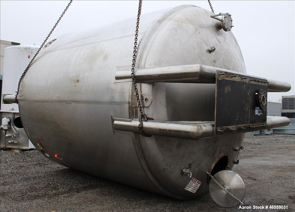 """Used- Precision Stainless Mixing Tank, 10,000 Gallon, 316L Stainless Steel, Vertical. Approximate 144"""" diameter x 142"""" strai..."""