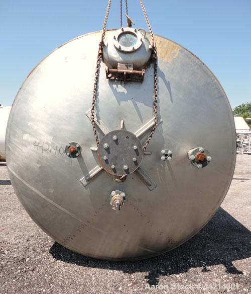 """Used- G.W. Taylor Tank, 6000 Gallon, 316 Stainless Steel, Vertical. Approximate 108"""" diameter x 144"""" straight side, dished t..."""