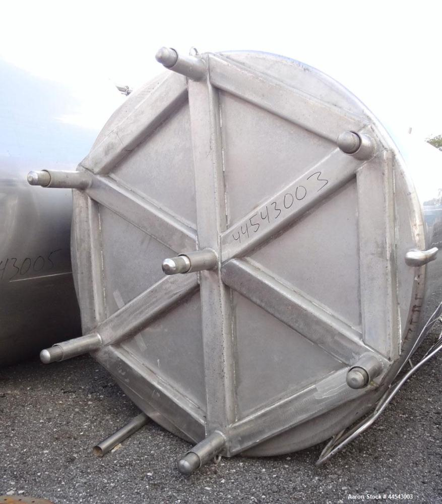 "Used- Walker Stainless Tank, 5000 Gallon, Model 9559, 304 Stainless Steel, Vertical. Approximately 96"" diameter x 164"" strai..."