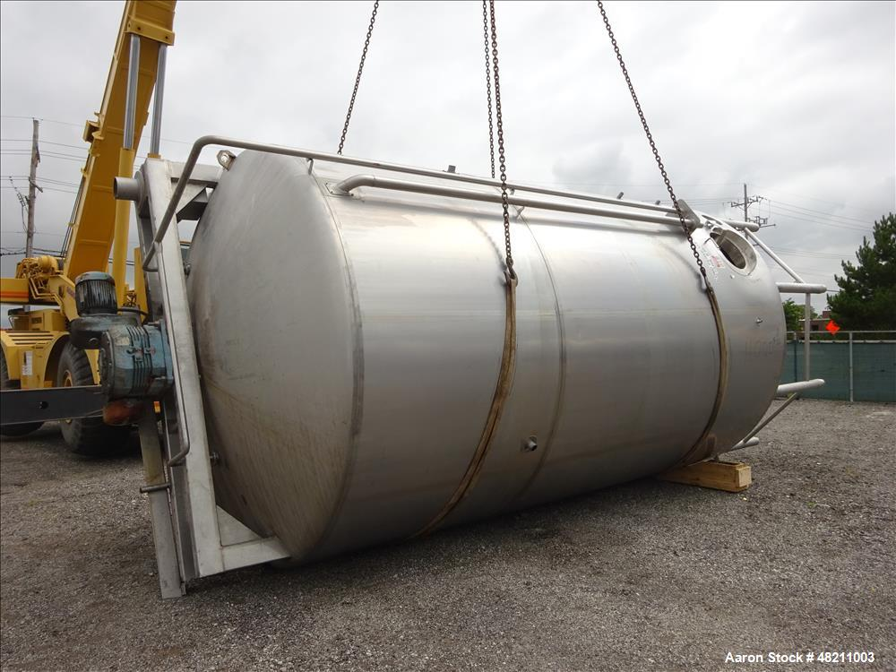 Used- Walker Jacketed Tank, 10,000 Gallon, 304 Stainless Steel, Vertical.