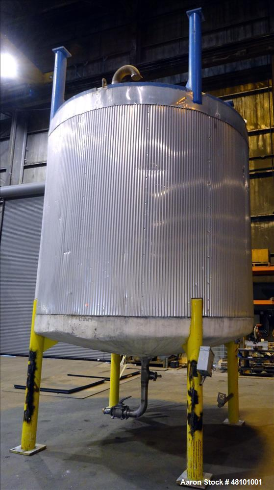 """Used- Zero Manufacturing Tank, Model ZS, 6,000 Gallon, 316 Stainless Steel, Vertical. Approximate 120"""" diameter x 112"""" strai..."""