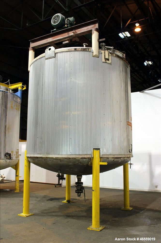 """Used- Zero Manufacturing Mixing Tank, 6,000 Gallon, 316 Stainless Steel, Vertical. Approximately 120"""" diameter x 106"""" straig..."""