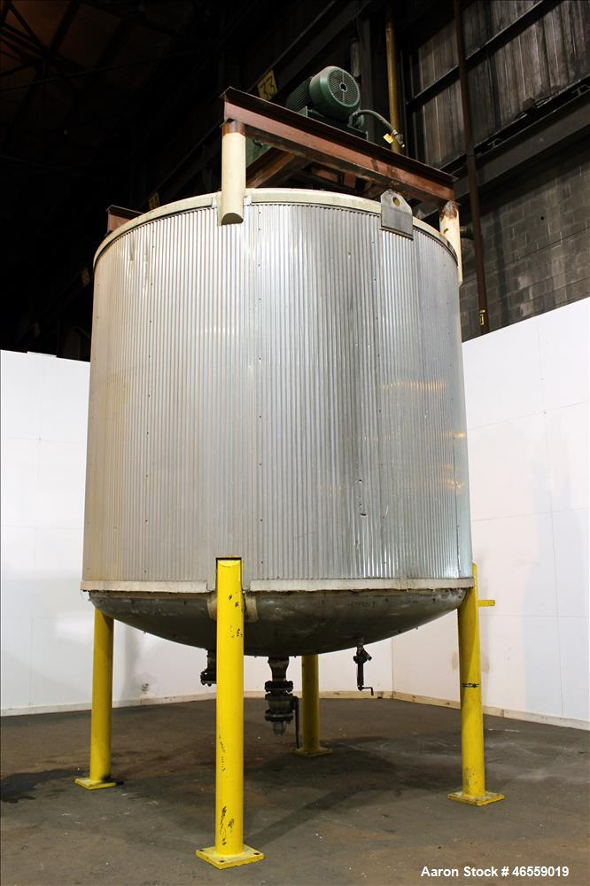 "Used- Zero Manufacturing Mixing Tank, 6,000 Gallon, 316 Stainless Steel, Vertical. Approximately 120"" diameter x 106"" straig..."