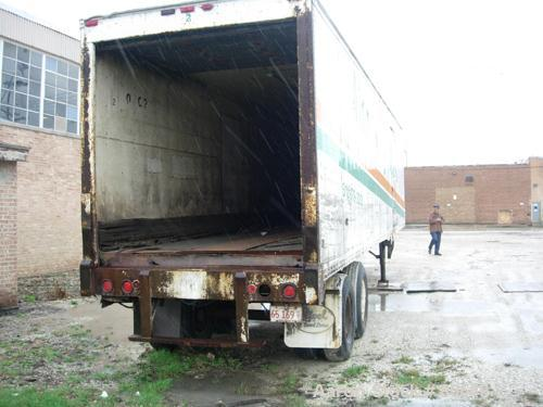 USED: Dorsey enclosed 40' long van trailer. Two rear axles. Approximate 55,000 pound payload capacity. Includes a Carrier re...