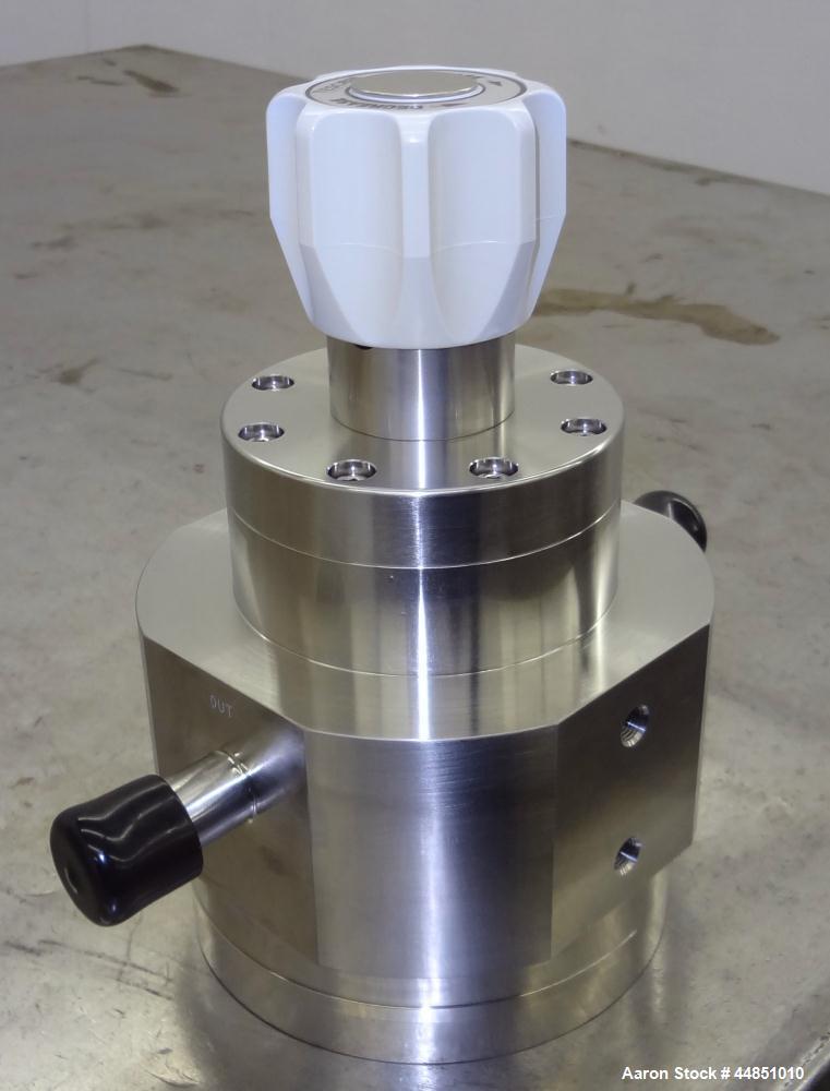Unused- Stainless Steel Tescom PH-18 Non-Venting Diaphragm Sensed Pressure Reduc