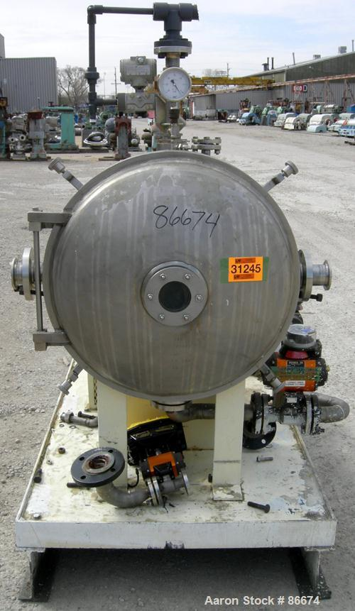 "USED: Cornell Versator, model D26, 316 stainless steel. 26"" diameter disc. 5 to 125 gallons per minute. Dished door with a 4..."