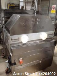 Comas DI 800 Filler for Bakery Products, (e.g. donut , croissant, sweet cakes). Equipped with (2) h...