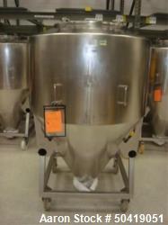 L.B. Bohle (LBB) MC-1400 Mobile 1400 Liter Capacity Stainless Steel Pharmaceutical Grade Tote.