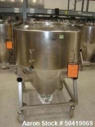 Used-L.B. Bohle (LBB) MC-800 Mobile 800 Liter Capacity Stainless Steel Pharmaceutical Grade Tote. Asset# BR-FAM000406. HIT# ...