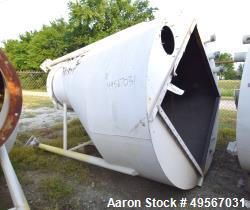 "Used- Schick Tube-Veyor Bin With Auto-Jet Filter, Carbon Steel. Bin approximate 125 cubic feet, 90"" diameter x 36"" straight ..."