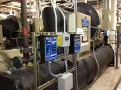 Used- Trane CentraVac CBD and Hemp Chiller, Model CVHE 450
