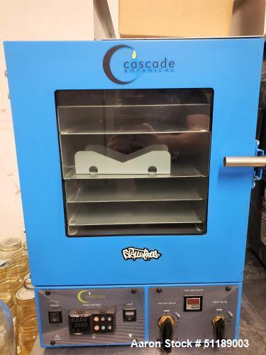 Used-Cascade Sciences Vacuum Oven
