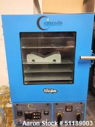 Used-Cascade Sciences Vacuum Oven