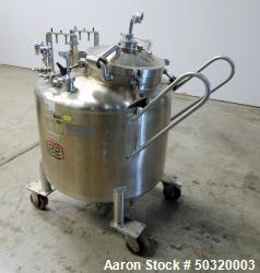 Used Cannabis Equipment - Lee Industries Pressure Cannabis Mix Tank, 250 Liter,