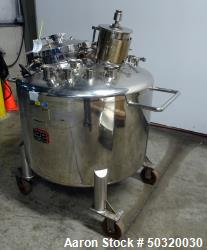 Used- Lee Industries Pressure Mix Tank, 500 Liter, Model 500 LDBT