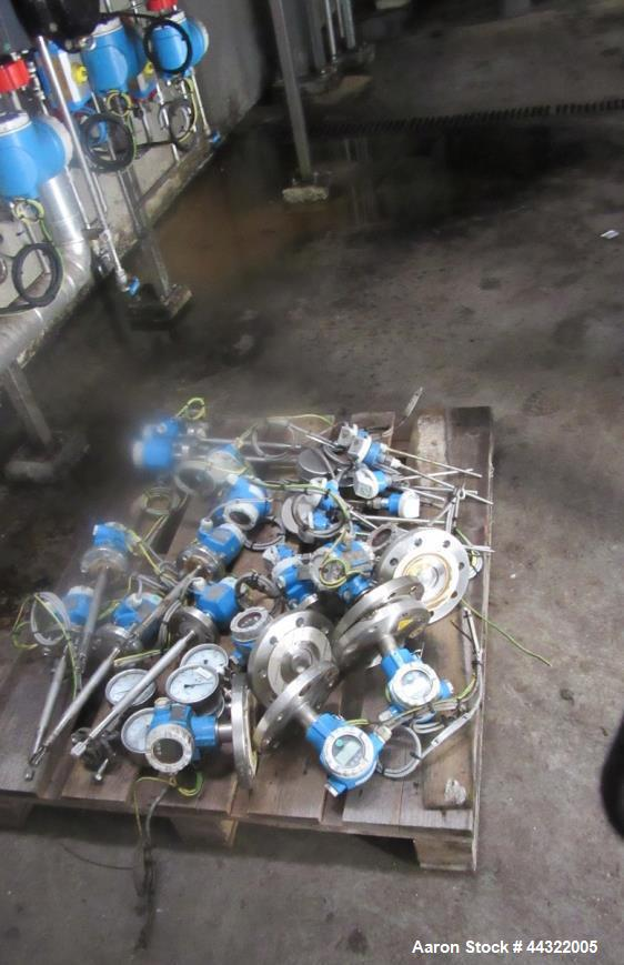 Used- Westfalia Separator Continuous Degumming Plant. Type OET 2650S with a capacity of 200,000 tonnes/year consisting of: (...