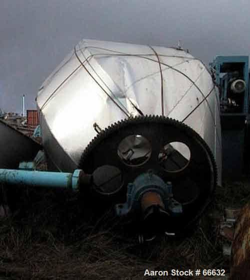 Used- 8000 Liter Henkhaus Stainless Steel Double Cone Vacuum Dryer